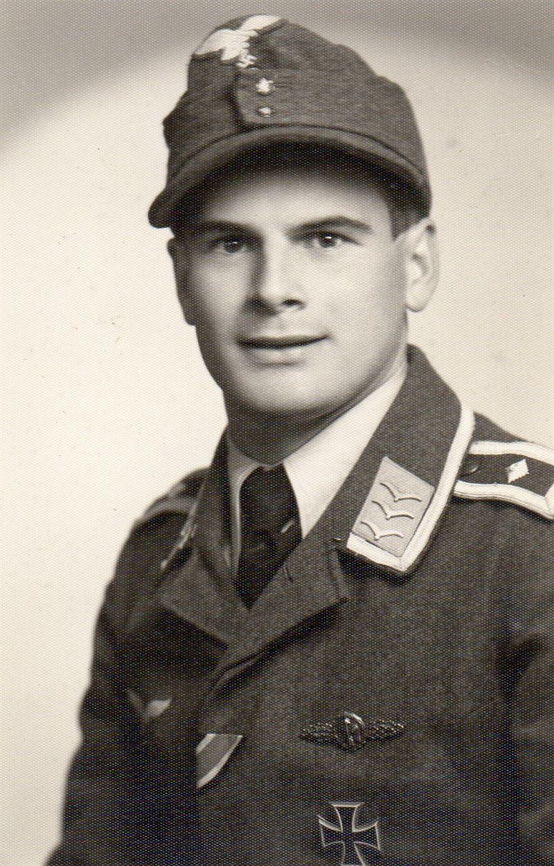Oskar Bösch in 1944. (Credits: Argunners)