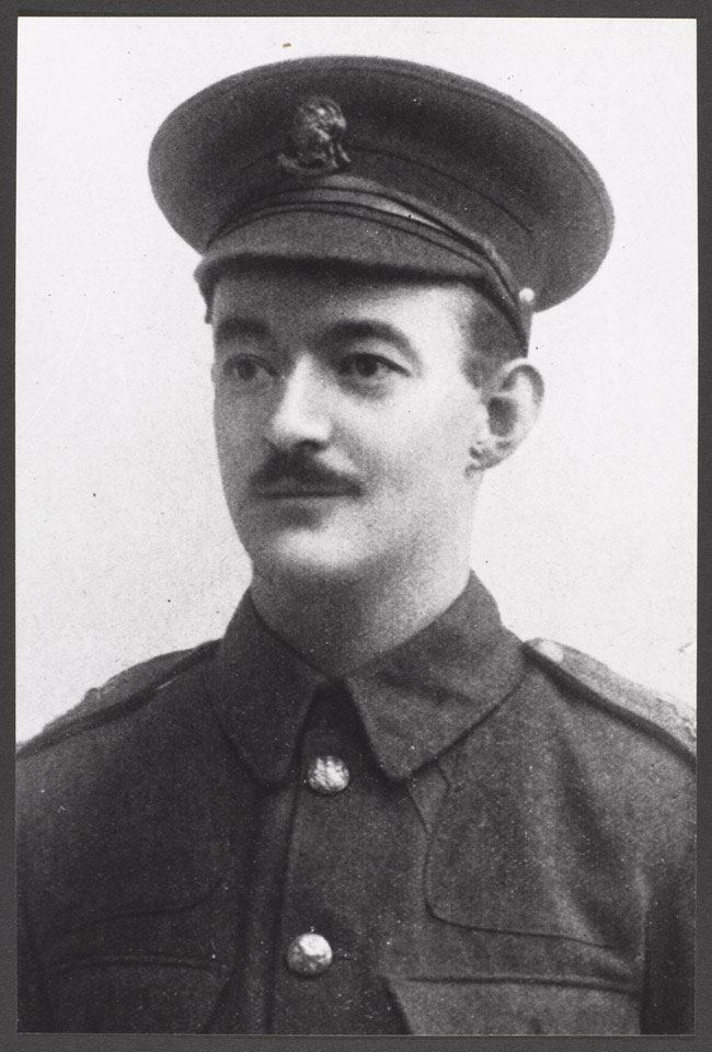 Sergeant (later Second Lieutenant) Rupert Hallowes, ca. 1914. (Credits: NAM. 1993-04-140-2)