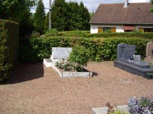 B-24 Grave Cartigny