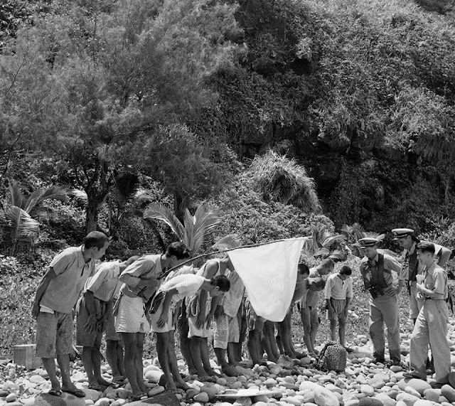 japanese soldiers surrender 1951 - 6