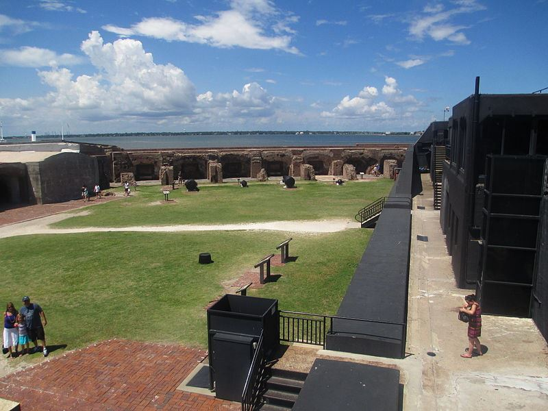 Civil war Fort Sumter.